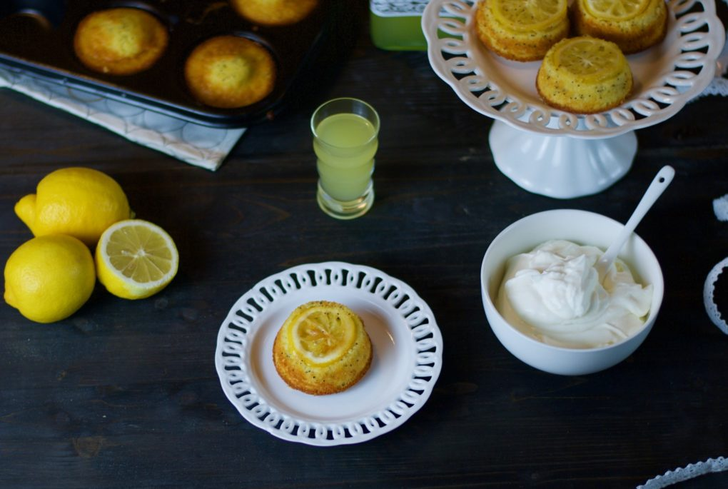 mini upside down lemon cake