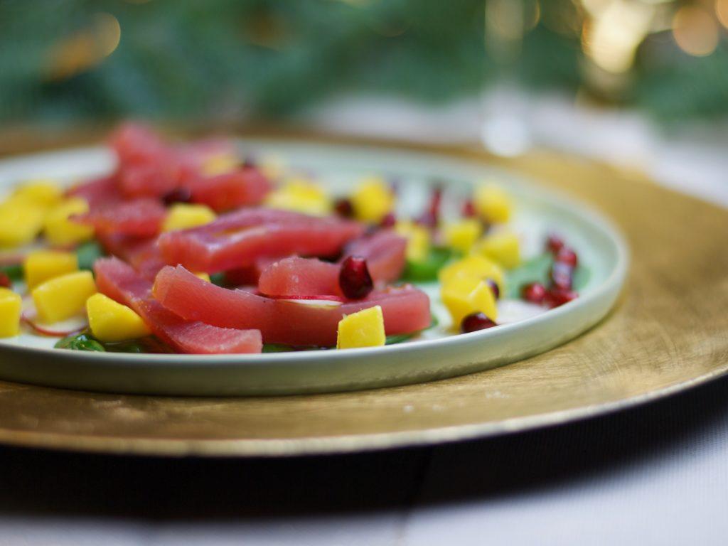 antipasto di sashimi di tonno